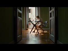 """""""Julieta"""", la nueva película de Pedro Almodóvar - Trailer oficial - YouTube"""