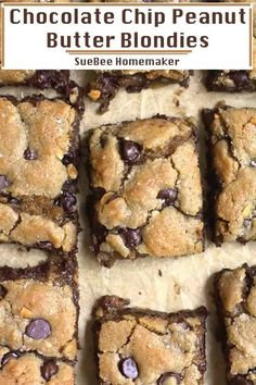 Chocolate Chip Peanut Butter Blondies - SueBee Homemaker - - Chocolate Chip Peanut Butter Blondies are chewy-gooey cookie bars, and are seriously the best. These are simple to make, don't require a mixer, and are done in just 40 minutes or less! Peanut Butter Oatmeal Bars, Chewy Peanut Butter Cookies, Peanut Butter Desserts, Peanut Butter Chips, Köstliche Desserts, Easy Fun Desserts, Homemade Desserts, Chocolate Chip Blondies, Chocolate Chip Oatmeal
