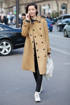 Want that coat please n thank you  Street Style: Paris Fashion Week