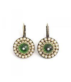 Iris Groene oorbellen met goud en Swarovski Elements pareltjes