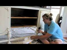 video tutorial on how to wax chalk paint. simple tips for waxing furniture