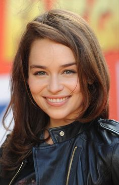 Emilia Clarke she's so perfect