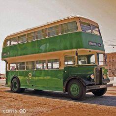 Autocarro de 2 andares verde - uma memória lisboeta Richard Branson, Bus Coach, Macau, Lisbon, Copenhagen, Denmark, Cuba, Madrid, Berlin