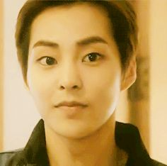 "Exo xiumin he's like... ""Hi"" - I  need him speaking english"