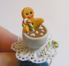 Hey, I found this really awesome Etsy listing at https://www.etsy.com/listing/210424614/food-jewelry-gingerbread-man-and-hot