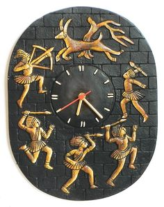 Battery Operated Wall Clock in a Terracotta Disc with Tribal Hunters - Wall Hanging (Terracotta) Clay Wall Art, Mural Wall Art, Clay Art, Murals, Worli Painting, Polymer Clay Painting, Rajasthani Art, Earthy Decor, Beautiful Rangoli Designs