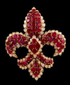 DAVID WEBB Fleur de Lys Ruby Diamond Pin -