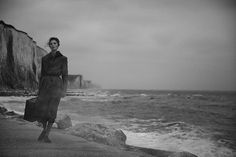 Vogue Italie septembre, Mariacarla Boscono by Peter Lindbergh Beach Editorial, Editorial Photography, Fine Art Photography, Street Photography, Fashion Photography, Peter Lindbergh, Black And White Portraits, Black And White Photography, Film Stills
