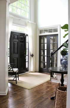 I must admit that I am obsessed with black interior doors. BLACK IS BACK and considered to be the new neutral. Interior black doors look good in any style home and with most paint and floor colors. Black Interior Doors, Black Doors, Interior Paint, Black French Doors, Interior Trim, Color Interior, Grey Doors, Black Windows, Interior Office