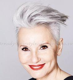 Bekijk deze 10 modieuze kapsels eens die zeer geschikt zijn voor de oudere vrouw! - Kapsels voor haar