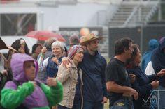 Nem a chuva demoveu o nosso público!  #vilardemouros #festival #publico #recinto #animacao #palcoprincipal