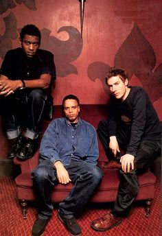 See Massive Attack pictures, photo shoots, and listen online to the latest music. Trip Hop, Music Film, Music Albums, Massive Attack, Electronic Music, Music Lovers, Artist At Work, Concert, Contemporary Artists