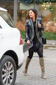 Anna Lewandowska zdaje się wierzyć w to, że byłaby równie popularna, gdyby nazywała się Stachurska i nie… Black Pantyhose, Short Boots, Style Icons, Anna, Leggings, My Style, Womens Fashion, Board, Celebrities