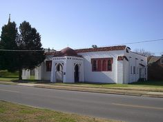 Historic synagogue in Cape Girardeau, Misouri by Cape Girardeau Convention and Visitors Bureau, via Flickr