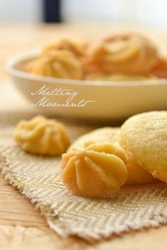 Melting moments cookies-eggless cookies recipe with step by step pics Eggless Desserts, Eggless Recipes, Eggless Baking, Baking Recipes, Cookie Recipes, Dessert Recipes, Egg Desserts, Egg Free Recipes, Sweet Recipes