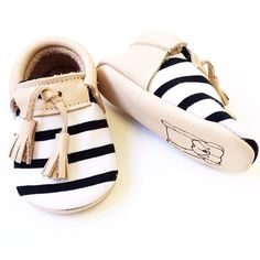 choose latest baby shoes for your little one at Kindercart visit here:-https://www.kindercart.com/-footwear-c-0_64080.html