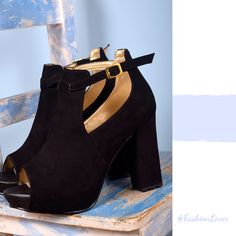 f9c5b505 Las 26 mejores imágenes de Nuestros zapatos en 2019   Boutique ...