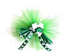 Mini St. Patricks Day bow Green shamrock mini by JDsBowCreations