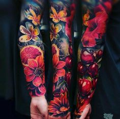 the best full sleeve tattoos Body Art Tattoos, Girl Tattoos, Tattoos For Women, Tattoos For Guys, Tattoos Pics, Tattoo Images, Full Sleeve Tattoos, Tattoo Sleeve Designs, Feminine Sleeve Tattoos