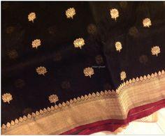 Kora Banarasi Banarsi Saree, Kanchipuram Saree, Beautiful Bridal Dresses, Beautiful Saree, Organza Saree, Cotton Saree, Floral Print Sarees, Designer Silk Sarees, Sari Blouse Designs