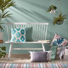 ¿Lo sabes todo sobre el estilo nórdico? ⋆ Recikla-arte Home Staging, Entryway Bench, Furniture, Home Decor, Rocking Chair, Nordic Style, Vases, Chairs, Entry Bench