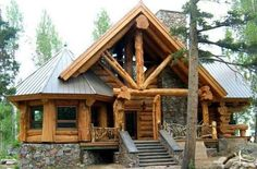 Cozy Cabin Made From Reclaimed Materials Of Old Barns - Cozy Homes Life - I love log homes. Hubby and I even sat through a 'how to build your own log home from a kit' co - Log Cabin Living, Log Cabin Homes, Log Cabins, River Cabins, Small Log Cabin, Rustic Cabins, Wooden Cabins, Cabins In The Woods, House In The Woods