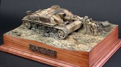without the diorama having a central object the eye gets lost on the grass,trees .all are needed but a tank,plane,ship ,sub and many more makes it awesome ! Military Modelling, Military Diorama, Armored Vehicles, Model Building, World War Ii, Scale Models, Vignettes, Wwii, Decorative Boxes