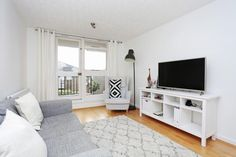 1 Bed Flat For Sale, Rainville Road, Hammersmith W6, with price £430,000. #Flat #Sale #Rainville #Road #Hammersmith