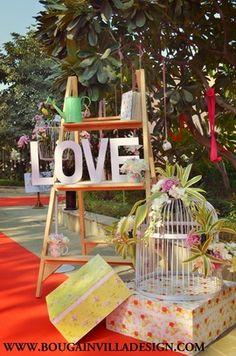 28 Trendy Ideas For Wedding Indian Theme Bridal Lehenga Vintage Wedding Backdrop, Desi Wedding Decor, Wedding Ceremony Backdrop, Wedding Props, Diy Wedding Decorations, Wedding Ideas, Trendy Wedding, Wedding Stage, Wedding Mandap