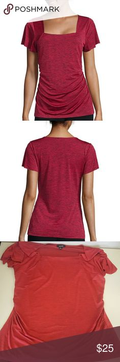 Square neck Tee by ALYX knit top features a squareneck, ruching at the side seams and a versatile style that can easily be dressed up for the office or worn with jeans or capris for everyday outfits.squareneckshort sleevespolyester/spandexmachine wash, line dryimported New Without tags Alyx Tops Tees - Short Sleeve