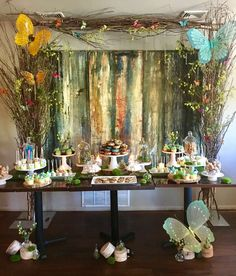 Enchanted Forest birthday party | CatchMyParty.com