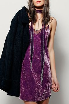 Purple Cami Backless Dress in velvet Glam Rock, Velvet Fashion, Inspiration Mode, Look Chic, Grunge, Fashion Dresses, Fashion Clothes, Ideias Fashion, Cool Outfits