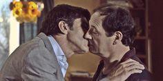 Farsantes: el romántico beso entre Juan (Nicolás Repetto) y Guillermo (Julio Chávez). ¡No te pierdas el video! http://www.ratingcero.com/c107517