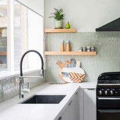 Green Tile Backsplash, Kitchen Splashback Tiles, Subway Tile Kitchen, Sage Green Kitchen, Green Kitchen Walls, Green Subway Tile, Green Tiles, Kitchen Interior, Kitchen Decor