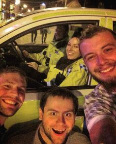 OFFICER OFFICER........can I have a SELFIE? #nightout #town #bicester #thamesvalleypolice #tvp #selfie #banter #topbants #shitfaced #notsober #drunk #corona #whiskey #jackdaniels #alcohol #iphone5s #fresh #clothes #policecar #police #oxfordshire #awesomenight #like #follow #me #nsg #neverscared #iaintscared @luke4156 by winspear94