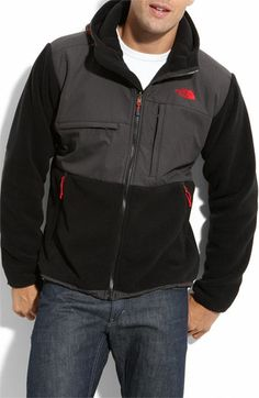 66eaf67f34e3 The North Face  Denali  Hooded Recycled Fleece Jacket