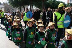 """Carnaval 2011 """" Els oficis"""" - Escola Llibertat - Jardiners"""