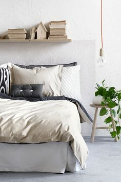 H&M Home Summer Interior Trends – Are You Black, Blue or Brights? Scandinavian Bedroom, Cozy Bedroom, Bedroom Decor, Bedroom Ideas, H & M Home, Duvet Cover Sets, Sweet Home, House Design, Interior Design