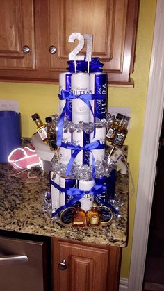 Beer cake for my boyfriends birthday 21st Birthday Gifts For Boyfriend, Guys 21st Birthday, 21st Bday Ideas, Friend Birthday Gifts, Boyfriend Gifts, Birthday Beer, 21 Birthday, 21st Presents, Birthday Presents For Men