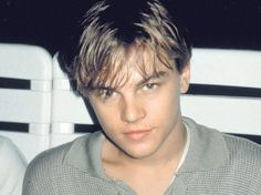 Imagem de Leo, leonardo dicaprio, and Leonardo Hot Actors, Actors & Actresses, James Dean, Pretty Boys, Beautiful Boys, Beautiful Person, Leonardo Dicapro, Leo And Kate, Young Leonardo Dicaprio