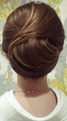 Oval Face Hairstyles, Frontal Hairstyles, Modern Hairstyles, Bun Hairstyles, Wedding Hairstyles, Medium Hair Styles, Curly Hair Styles, Thin Hair Updo, Hair Arrange