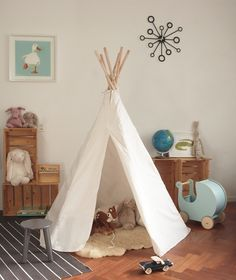 Tipi Speeltent, Wit