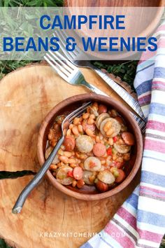 Campfire Beans and Weenies Summertime campfires and grills are heating up. Whip up a hearty family-friendly skillet of beans and weenies. Unique Recipes, Easy Recipes, Great Recipes, Dinner Recipes, Easy Meals, Favorite Recipes, Healthy Recipes, Beans And Weenies, Delicious Dishes