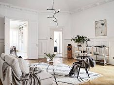 Post: Librerías de suelo a techo --> blog decoración nórdica, distribución librerías, estanterías inspiración, estanterías nórdicas, estilismo de estanterías, estilo escandinavo, Librerías de suelo a techo, librerías inspiración
