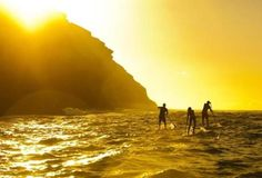 Several prime spots for stand-up paddle boarding can be found on Oahu, the third largest Hawaiian island.