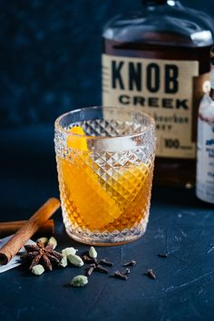 Chai Old Fashioned Whiskey Cocktail - a simple twist on the classic old fashioned makes a perfect fall & winter sipper Whisky Cocktail, Cocktail Drinks, Cocktail Recipes, Cocktail Ideas, Drink Recipes, Classic Old Fashioned Recipe, Old Fashioned Recipes, Vodka Cocktails, Craft Cocktails