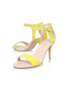 f12541960b 53 melhores imagens de Sapatos