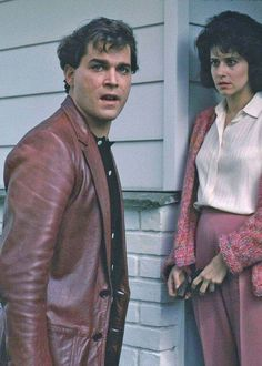 The leather's a good option with a shirt and jeans for the younger men Goodfellas Movie, Ray Liotta Goodfellas, Movie Stars, Movie Tv, Gangster Films, Tony Soprano, Film Inspiration, Martin Scorsese, About Time Movie