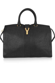 A simple and chic investment bag (Saint Laurent)