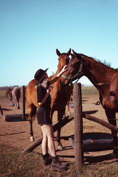sesiones de fotos originales Horses, Animals, Ideas, The Originals, Tumblr Girls, Funny Pics, Fotografia, Animales, Animaux